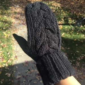 michael kors knitted mittens